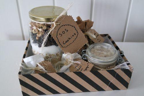 Découvrez comment réaliser un coffret cadeau gourmand