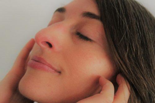 Le kobido où comment ralentir les effets du temps sur la peau du visage avec un massage facial.