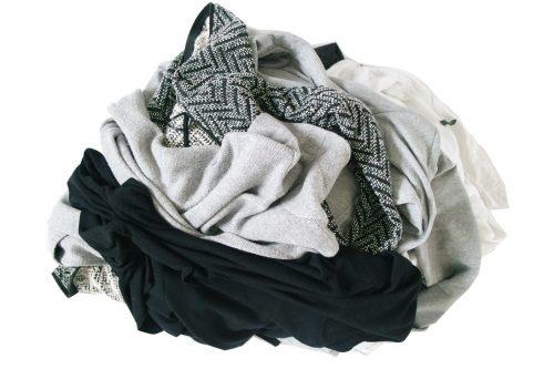 La fast fashion a créé de nouveaux modes de consommation engendrant un gaspillage vestimentaire sans précédent. Il est temps d'agir!